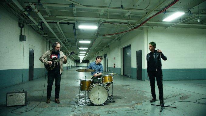 "Muzz (Members of Interpol, Bonny Light Horseman, The Walkmen) Release New Single ""Knuckleduster"""