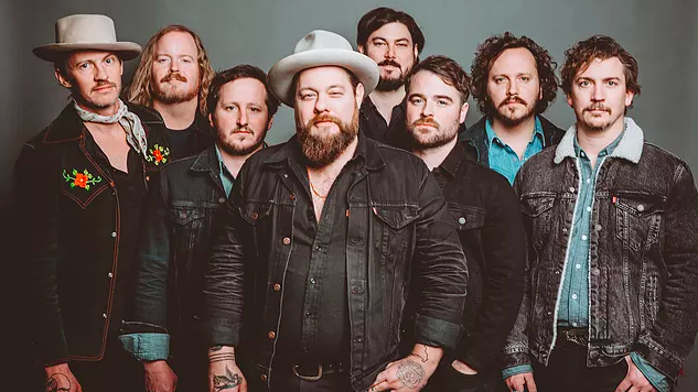 """Listen to Nathaniel Rateliff & The Night Sweats' Soulful New Single """"Coolin' Out"""""""