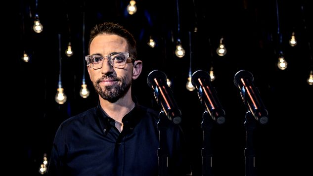 Neal Brennan Mixes One-Liners and Human Emotion in <i>3 Mics</i>