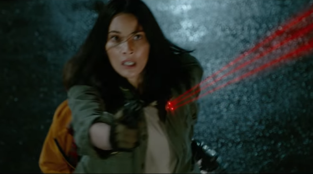 Aliens Come to Suburbia in the First Teaser for <i>The Predator</i>