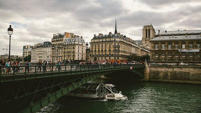 World Running Guide: Paris, France