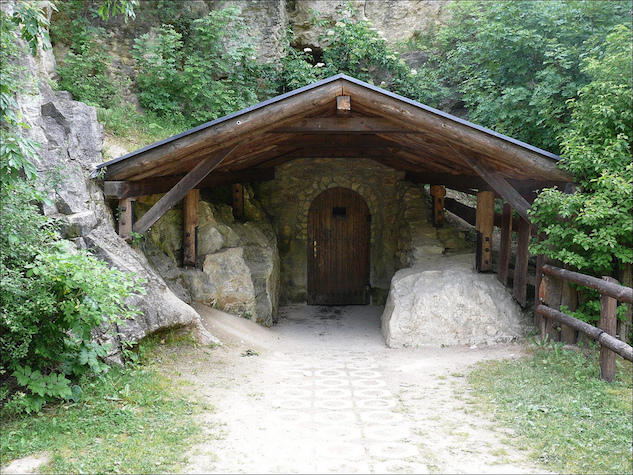 pav cave.jpg