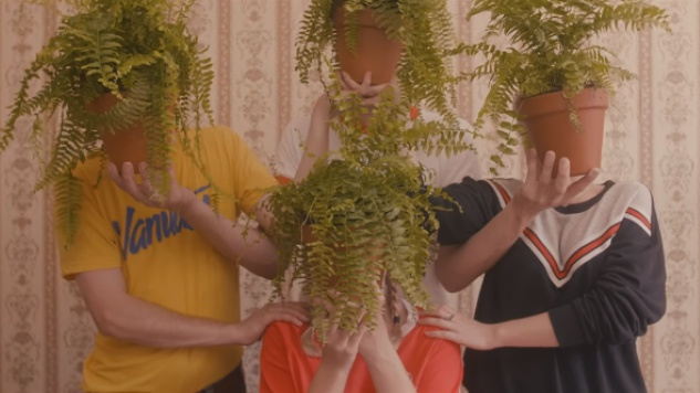 "Julia Jacklin's Phantastic Ferniture Make Good on ""Bad Timing"" with Playful New Single, Video"