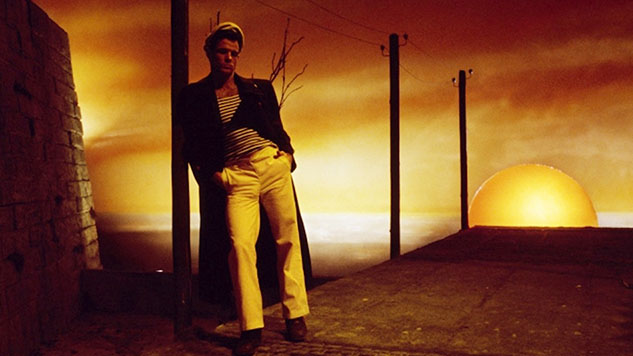 Each Man Kills the Thing He Loves: Gay Male Beauty in <i>Querelle</i> and <i>Death in Venice</i>