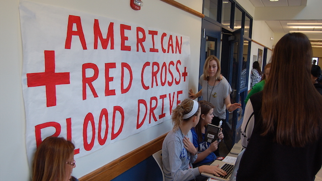 The Red Cross Is in Desperate Need of Blood Donors