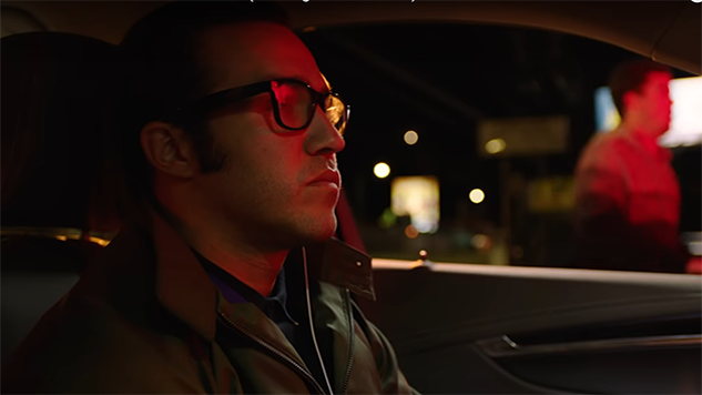 "Weezer Share Video for ""Can't Knock the Hustle,"" off Forthcoming <i>The Black Album</i>"