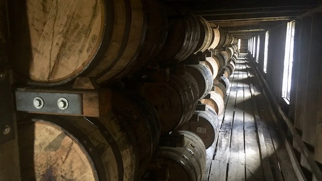 Rapidly Aging Whiskey With Science