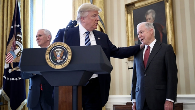 """Jeff Sessions Contradicted His Previous Testimony Saying That He Had """"No"""" Contact with the Russians"""