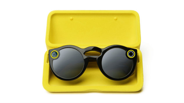 28f860ae1c Snapchat Spectacles Review  First-Person Vlogging On Your Favorite Social  Media Platform