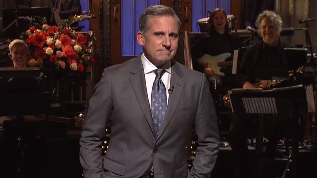 Steve Carell Shuffles Through a Silly <i>Saturday Night Live</i>