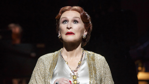 Review: <i>Sunset Boulevard</i>