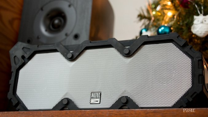 Altec Lansing Super Life Jacket Review: Everything-Proof Speaker