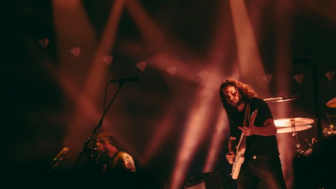 """The War on Drugs Share """"Accidentally Like a Martyr (Live),"""" Announce Podcast"""
