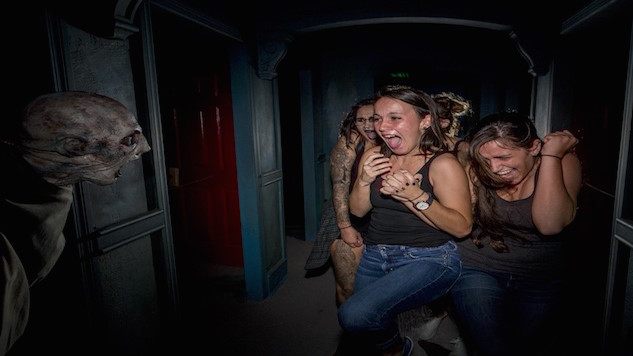 thumbnail_Halloween Horror Nights in-article image 1.jpg
