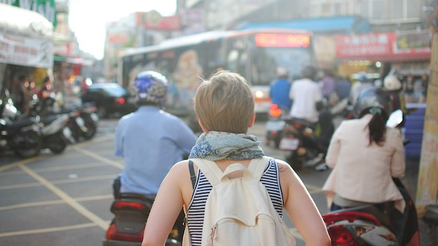 7 Reasons We Need Travel Guidebooks and Apps for Women Now