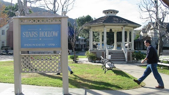 8 Small Towns That Could Be Straight Out of <i>Gilmore Girls</i>