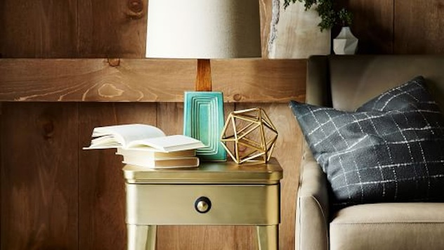 Tiny Accent Tables That\'ll Squeeze into the Smallest Apartments ...
