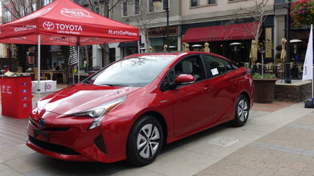 The 2016 Toyota Prius: Remaking an Icon