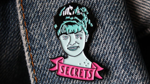 Wear Your Love of <i>Twin Peaks</i> on Your Sleeve with These Enamel Pins
