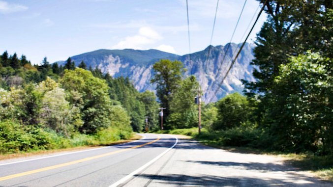 The <i>Twin Peaks</i> Guide to North Bend and Snoqualmie, Washington