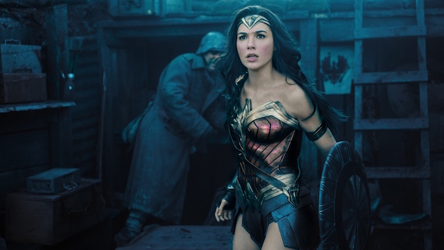 <i>Wonder Woman</i>'s Second Weekend Breaks Box Office Records