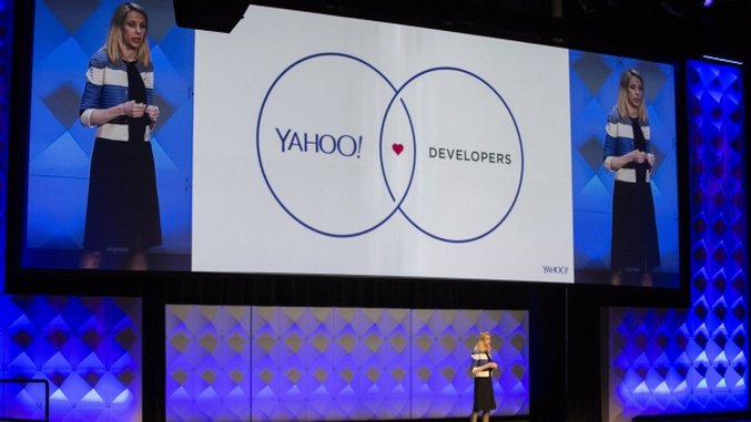 As Yahoo Shrinks, CEO Marissa Mayer Turns to Phablets, Software for Growth