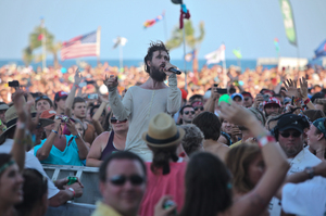 Edward Sharpe and The Magnetic Zeros - hangout2012-052012-4163.jpg