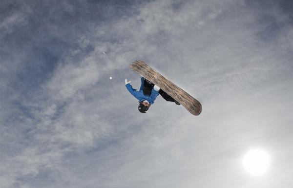 Thumbnail image for TheCrashReel_still1_KevinPearce__bydeanblottogray_2012-12-03_02-50-47PM.jpg