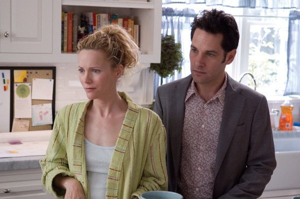 knocked_up_movie_image_paul_rudd_and_leslie_mann.jpg