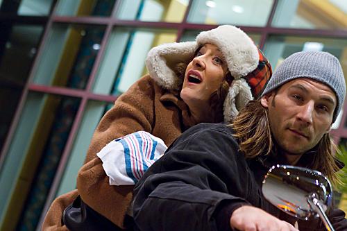 """<i>Shameless</i> Review: """"Just Like the Pilgrims Intended"""" (Episode 2.11)"""