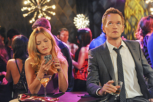 """<i>How I Met Your Mother</i> Review: """"The Drunk Train"""" (Episode 7.16)"""