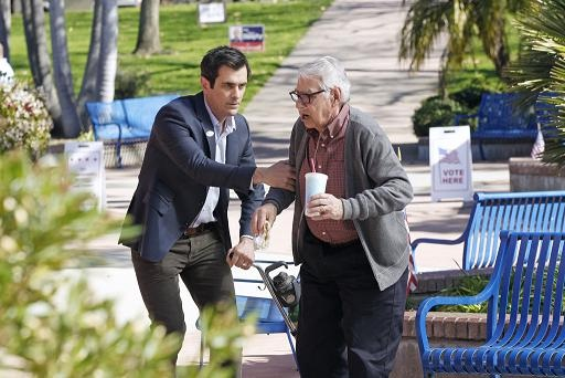 "<i>Modern Family</i> Review: ""Election Day"" (Episode 3.19)"