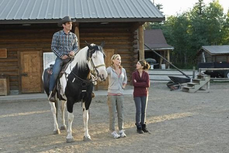 """<i>Modern Family</i> Review: """"Dude Ranch"""" and """"When Good Kids Go Bad"""" (3.01 / 3.02)"""