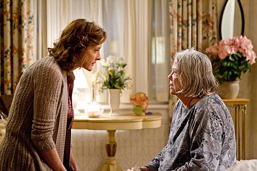 """<i>Shameless</i> Review: """"Parenthood"""" (Episode 2.08)"""