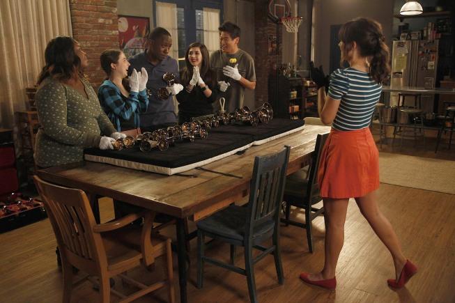 """<i>New Girl</i> Review: """"Bells"""" (Episode 1.7)"""