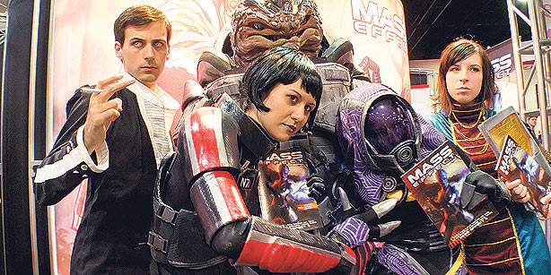 <i>Comic-Con Episode IV: A Fan&#8217;s Hope</i>