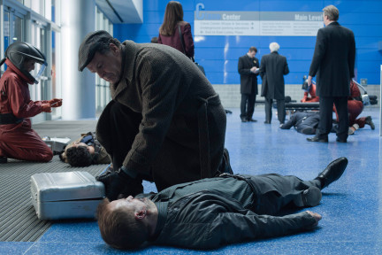 <i>Fringe</i> Review: &#8220;Brave New World Part 1&#8221; (Episode 4.21)