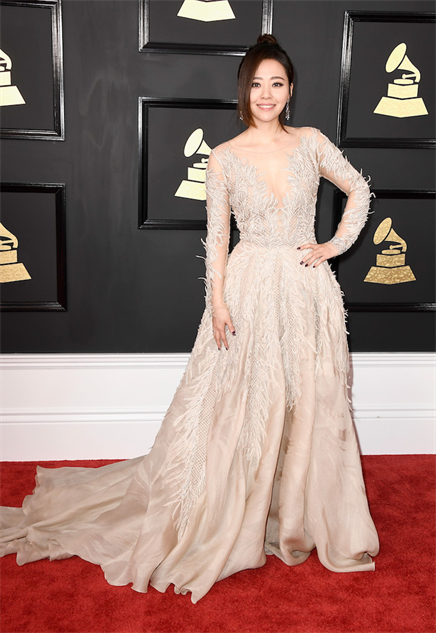 2017-grammy-fashions gettyimages-634953498