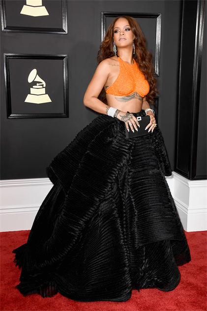 2017-grammy-fashions gettyimages-634979006