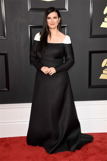 2017-grammy-fashions gettyimages-635010350