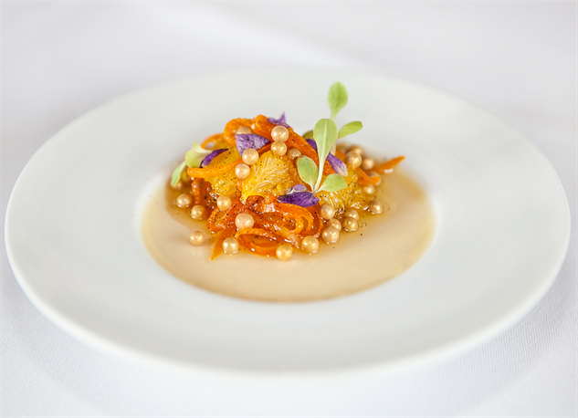 7-beautiful-elderflower-dishes-blooming-across-the-country edlerflower-panna-cotta