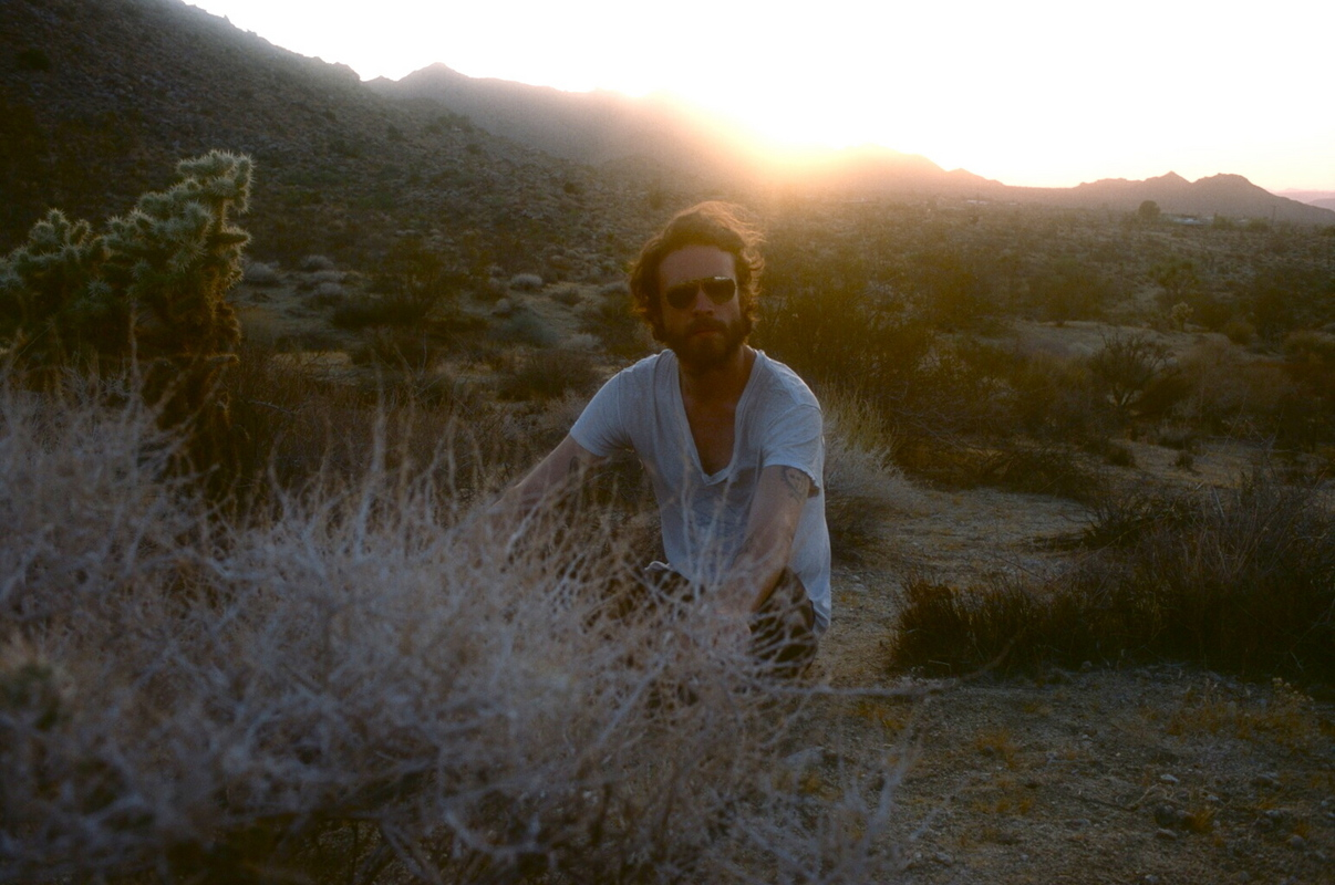 a-day-in-the-life-of-father-john-misty photo_31437_0-3