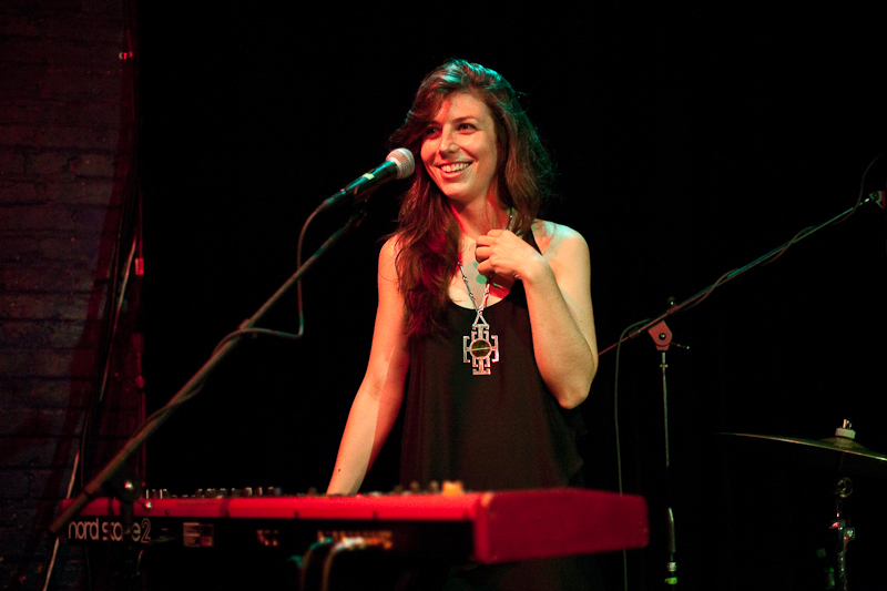 a-day-in-the-life-of-julia-holter photo_21679_0-9