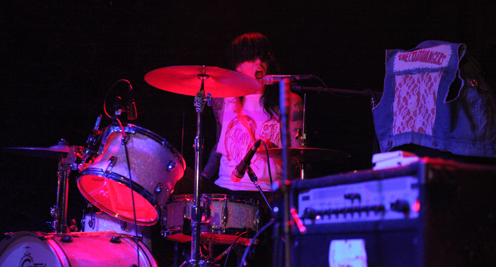 a-day-in-the-life-of-the-coathangers photo_5883_0-2