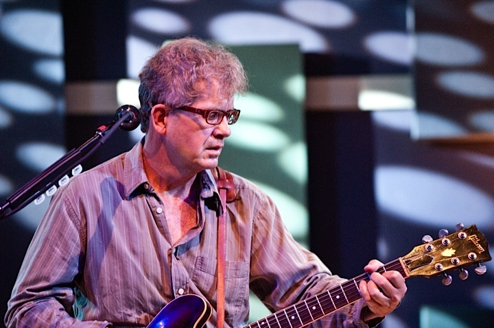 a-day-in-the-life-of-the-feelies photo_11425_0-3