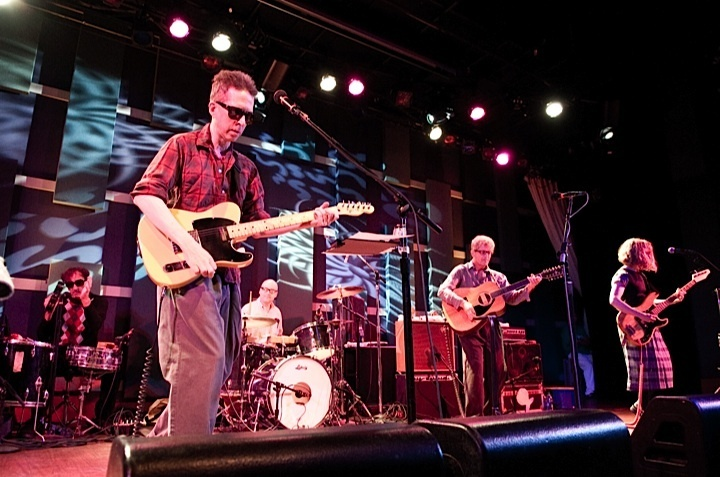 a-day-in-the-life-of-the-feelies photo_3037_0-3