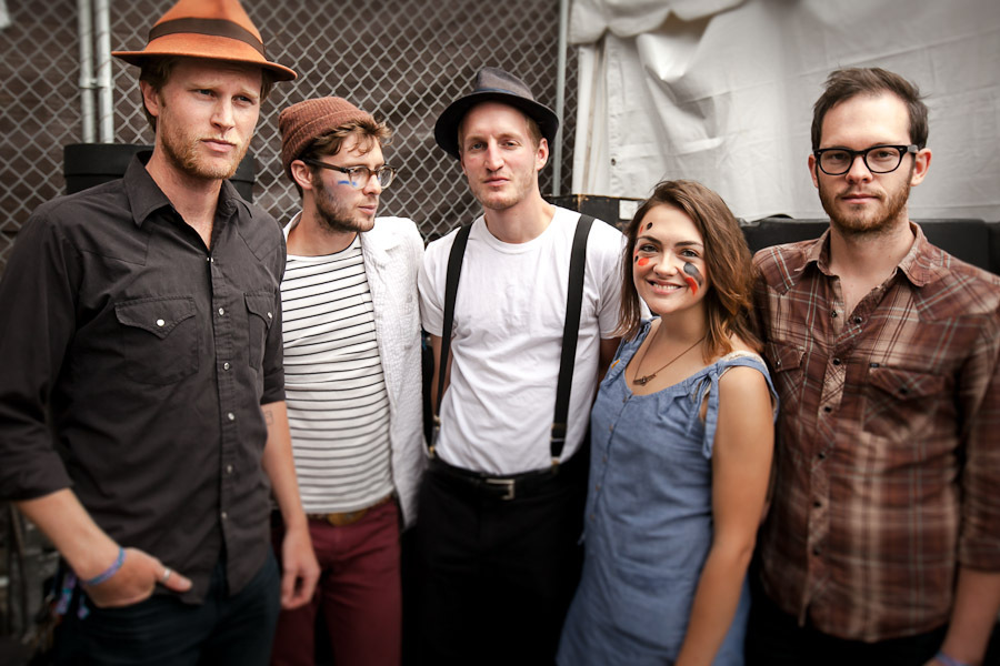 a-day-in-the-life-of-the-lumineers-2 photo_28205_0-5