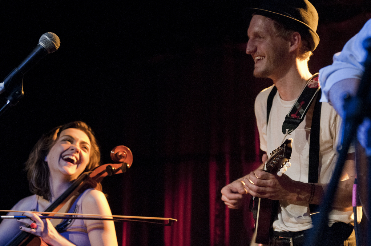 a-day-in-the-life-of-the-lumineers photo_31101_0-10