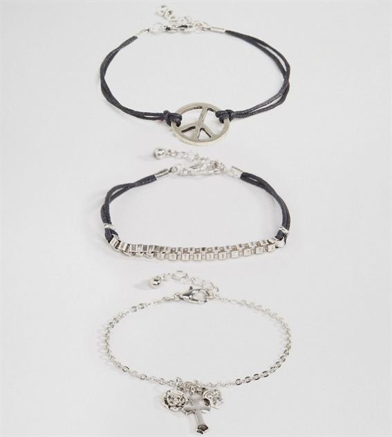 adult-charm-bracelets grunge