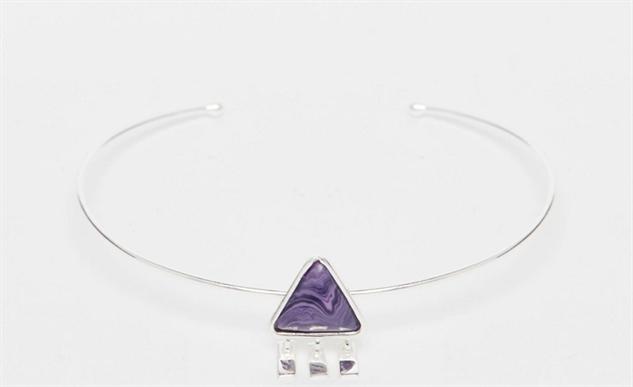adult-charm-bracelets triangle